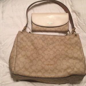 Coach purse/wallet